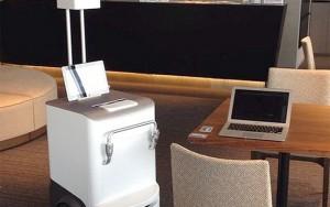 Fuji Xerox robot yazıcı belgeyi masanıza getiriyor