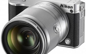 Nikon 1 J5 aynasız fotoğraf makinesi