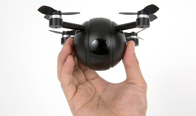Aksiyon kameraya dönüşebilen modüler drone