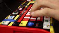 LEGO parçalarından oluşan modifiye klavye