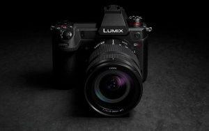 6K video kayıt yapabilen Panasonic aynasız fotoğraf makinesi